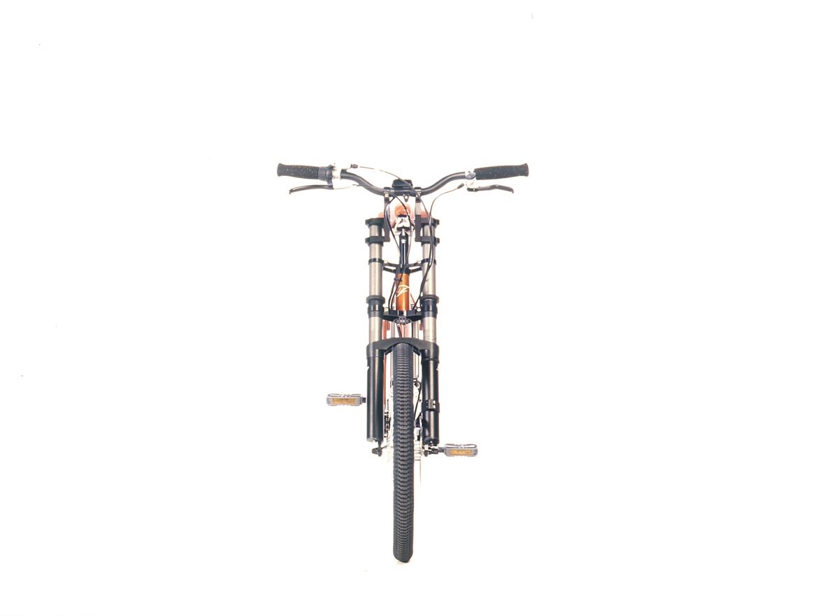 IDAID_Furybike_cofferacer_01_1170px1